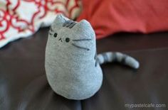 This is a step-by-step tutorial on how to make your own Pusheen plush! This is a step-by-step guide on how to make your own pusheen plush! Sock Crafts, Cat Crafts, Sewing Crafts, Sewing Tips, Kids Crafts, Diy Sock Toys, Family Crafts, Sewing Basics, Animal Crafts