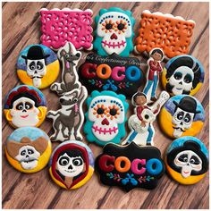 💀🧡Coco💜💀 #coco #cococookies #cookies #cookieart #cookiesofinstagram #customcookies #decoratedcookies #decoratedsugarcookies #edibleart… Party Themes For Boys, Girl Birthday Themes, 2nd Birthday Parties, Halloween Treats For Kids, Halloween Cookies, Christmas Cookies, Custom Cookies, Edible Art, Disney Cookies