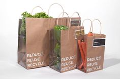 Transparent Produce Bags Produce Bag These Produce Packaging Designs Emphasize Freshness tr Organic Packaging, Fruit Packaging, Food Packaging Design, Bag Packaging, Vegetable Packaging, Paper Bag Design, Vegetable Shop, Benefits Of Organic Food, Fruit Shop