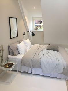 Room Ideas Bedroom, Home Decor Bedroom, Study Room Decor, Teen Bedroom Designs, Minimalist Room, Aesthetic Room Decor, Home Room Design, Dream Rooms, My New Room