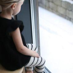 """Knit pattern for """"enkel leggings and vintertights"""" on PDF - norwegian version Enkel leggings: Størrelser: 0-6(6-9)9-12(12-18)18-36 mnd Garn: Tynn alpakka fra Du"""