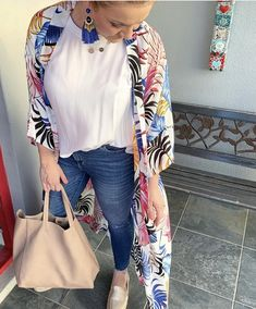 Post Pregnancy Clothes, Pre Pregnancy, Pregnancy Outfits, Trending Jeans, Outfit Of The Day, Personal Style, Espadrilles, Summer Outfits, Kimono Top