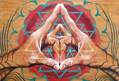 """""""When reflex points of the fingertip are pressed, these healing substances are released and one can rebalance any diseased area of the body."""" ~ The Healing Art of Mudras, Deborah Nasca Mudras are hand gestures or simple formations of the fingers and hand Geometry Art, Sacred Geometry, Ayurveda, Les Chakras, Psy Art, Chakra Meditation, Buddhist Meditation, Mystique, Visionary Art"""