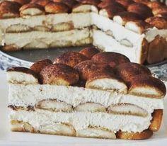 Tiramisu, Panna Cotta, Ethnic Recipes, Instagram, Food, Dulce De Leche, Essen, Meals, Tiramisu Cake