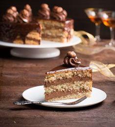 Einfach Hausgemacht Rezept: Nuss-Nougat Torte.
