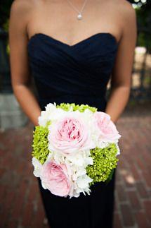 Modern Boston Wedding: http://www.stylemepretty.com/little-black-book-blog/2014/08/18/modern-boston-wedding/ | Photography: April K -  http://www.aprilkphotography.com/