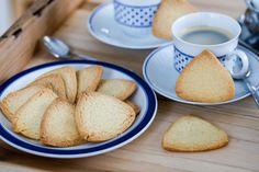 Krispiga, knäckiga och goda småkakor med smak av vanilj!