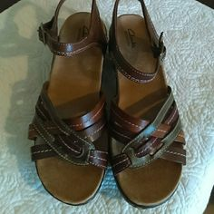 Clarks bendables sandals( Wide) Leather excellent condition used a few times, but please look at the third picture ??both sandals. Otherwise excellent condition. Clarks  Shoes Sandals