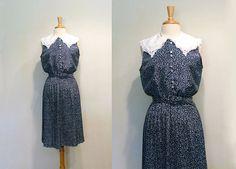 SALE Vintage Oversize Collar Navy Blue Floral by tobedetermined