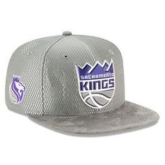 wholesale dealer c3472 cd47a Men s Sacramento Kings New Era Silver 2017 NBA Draft Official On Court  Collection 9FIFTY Snapback Hat