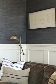 New living room wallpaper accent wall lounges hallways 20 Ideas Accent Walls In Living Room, My Living Room, Living Room Interior, Textured Wallpaper, Charcoal Wallpaper, Grey Grasscloth Wallpaper, Seagrass Wallpaper, Interiores Design, House Design