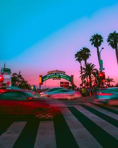 This is Magic. *_* My City is Boring. Santa Monica, Pretty Sky, City Of Angels, California Dreamin', Pretty Photos, The Places Youll Go, Summer Vibes, Travel Photography, Beautiful Places