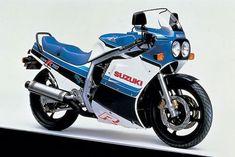 Lendária, Suzuki GSX-R 750 completa 30 anos Suzuki Gsx R 750, Motos Suzuki, Gsxr 1000, Kawasaki Ninja, Honda, Performance Bike, Motorcycle Manufacturers, Japanese Motorcycle, Street Bikes