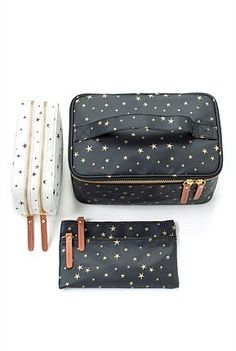 Star Large Cosmetic Bag - Moorea Seal - It is The Time Club Couture Diy Pochette, Diy Sac Pochette, Small Cosmetic Bags, Cosmetic Pouch, Cos Bags, Travel Bags, Just In Case, Bag Accessories, Purses And Bags