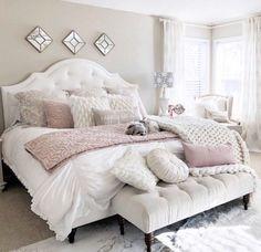 Ivory and blush bedroom - DIY Decor Ideas Bedroom Inspo, Home Decor Bedroom, Modern Bedroom, Blush Bedroom Decor, Ivory Bedroom, Blush Pink Bedroom, Teen Bedroom Furniture, Bedroom Rustic, Bedroom Vintage