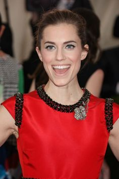 Allison Williams reacts to that THAT risqué moment on Girls