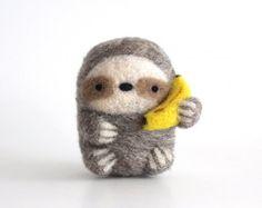 Needle Felted Sloth with Banana, Sloth Gift, Felt Sloth, Sloth Doll, Sloth Plush, Sloth Figurine, Sloth Decor, Felt Fruit