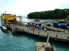 Pergi dan pulang ke #nusapenida.  Transportasi laut adalah kunci untuk negeri kepulauan.  #padangbai