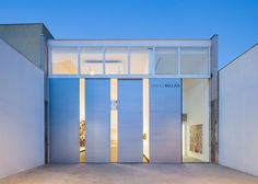 São Paulo's Galeria Millan opens new gallery with huge sliding doors