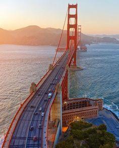 Golden Gate Bridge has amazing angles but she also has some luscious curves #sanfrancisco #sf #bayarea #alwayssf #goldengatebridge #goldengate #alcatraz #california