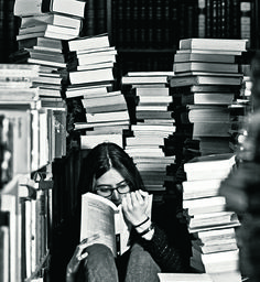 50 llibres per entendre el món / XAVIER BERTRAL