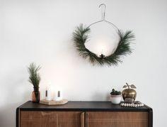 Ein schlichter DIY Weihnachtskranz zum Hängen