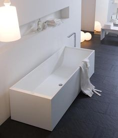 [] Minimalist bathtub in corian _ by Arlex Italia _