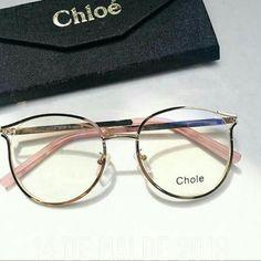 Chloe Glasses, Nice Glasses, Glasses Frames Trendy, Glasses Trends, Lunette Style, Eyewear Trends, Accesorios Casual, Fashion Eye Glasses, Eyeglasses For Women