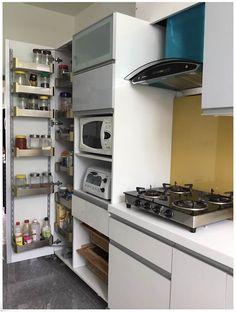 Tall unit system in the kitchen modern kitchen by u and i designs modern Kitchen Tall Units, Tall Kitchen Cabinets, Modern Kitchen Island, Modern Kitchens, Dream Kitchens, Flat Interior, Best Interior Design, Kitchen Interior, Kitchen Furniture
