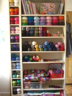 Stash Control: Yarn Organization Ideas - Stitch and Unwind Knitting Room, Knitting Storage, Yarn Storage, Craft Storage, Knitting Yarn, Diy Crafts To Sell, Home Crafts, Yarn Display, Yarn Organization