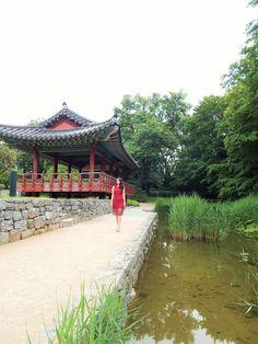 >Korean Garden no. 1<