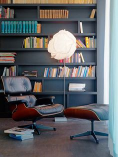 Cloud floor lamp by Frank O. Gehry for Belux with Eames Lounge Chair by Vitra.