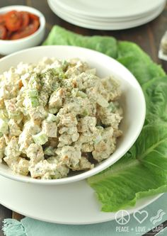 Dill Chicken Salad (Low-Carb, Gluten-Free) - Just Paleo Food Dill Chicken, Pesto Chicken Salads, Asian Chicken Salads, Chicken Salad Recipes, Keto Chicken, Chicken Meatloaf, Sriracha Chicken, Chicken Meatballs, Chicken Tacos