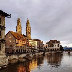 Zürich. . #city #sunset #river #water #switzerland #zuerich City Sunset, Big Ben, Switzerland, In This Moment, River, Mansions, House Styles, Instagram, Building