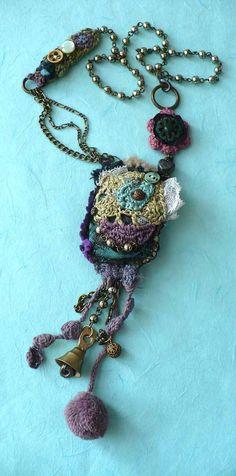 Elena Fiore Necklace Collana Crochet Catene Pompon Bottoni