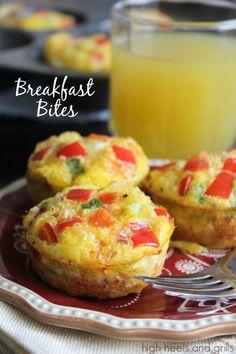 Egg, potatoes, and peppers, all in one little bite. #breakfast #easy #recipe http://www.highheelsandgrills.com/2014/01/breakfast-bites.html
