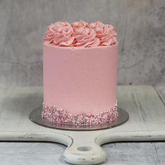 Girly Birthday Cakes, Sweet 16 Birthday Cake, Girly Cakes, 18th Birthday Cake, Pink Cakes, Buttercream Cake Designs, Buttercream Icing, Pretty Cakes, Cute Cakes