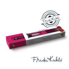 Pincel #FridaKahlo, Premium Kolinsky. Calidad impecable y diseño espectacular con la firma de Frida Kahlo. #nails  ¡Te lo mereces! ¡Espéralo muy pronto!