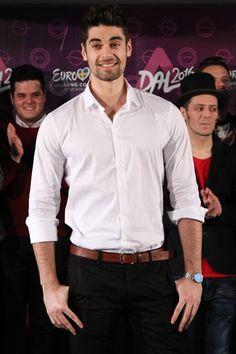 Fehérvári Gábor Alfréd honlap - képek Boyfriend Material, Justin Bieber, Button Down Shirt, Men Casual, Shirt Dress, Sexy, Cute, Mens Tops, Shirts