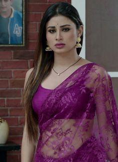 Beautiful Women Pictures, Beautiful Girl Photo, Beautiful Girl Indian, Most Beautiful Indian Actress, Beautiful Saree, Bollywood Actress Hot Photos, Indian Actress Hot Pics, Beautiful Bollywood Actress, Beautiful Actresses