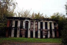 Zdjęcie numer 10 w galerii - Opuszczone budynki nie muszą straszyć. Ten chłopak…