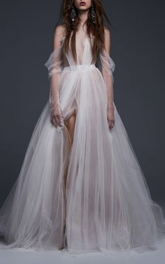 The Felisa Gown by VERA WANG for Preorder on Moda Operandi