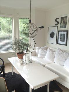 My livingroom, white And black