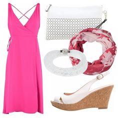 Abito da giorno aperto a portafoglio sul davanti color persian rose. Zeppa…