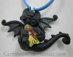little crystal fish Toothless necklace
