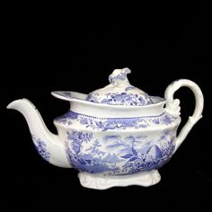 Blue Staffordshire Childs Teapot BEEHIVE Bee Skep Urn 1840 Ridgway Pearlware
