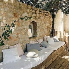 Outdoor Rooms, Outdoor Gardens, Outdoor Living, Outdoor Decor, Outdoor Ideas, Rustic Outdoor Spaces, Patio Interior, Interior And Exterior, Wall Exterior