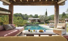 〚 Summer villa in Ibiza with light and stylish interiors 〛 ◾ Photos ◾Ideas◾ Design Patio Interior, Interior Photo, Home Interior Design, Ibiza, Outdoor Spaces, Outdoor Living, Outdoor Decor, Villas, House Near The Sea