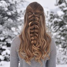 """Half-Up Pull-Through Braid on myself today ❄️ #luxyhair #dirtyblondeluxyhair"" Photo taken by @braidsbyjordan on Instagram, pinned via the InstaPin iOS App! http://www.instapinapp.com (12/29/2016)"