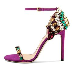 Luxury Vintage Madrid offers you the best selection of contemporary and classic shoes and accessories in the world. High Heel Pumps, Stilettos, Pretty Shoes, Beautiful Shoes, Shoe Boots, Shoes Heels, Jeweled Shoes, Glitter Shoes, Glitter Lips